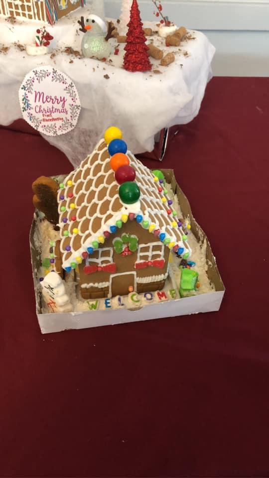 Cedar-View-Gingerbread-Houses-2