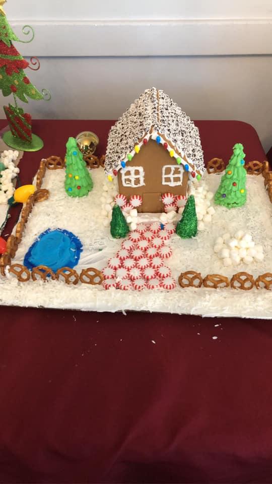 Cedar-View-Gingerbread-Houses-7