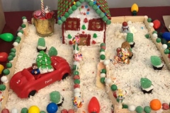 Cedar-View-Gingerbread-Houses-1