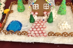 Cedar-View-Gingerbread-Houses-7